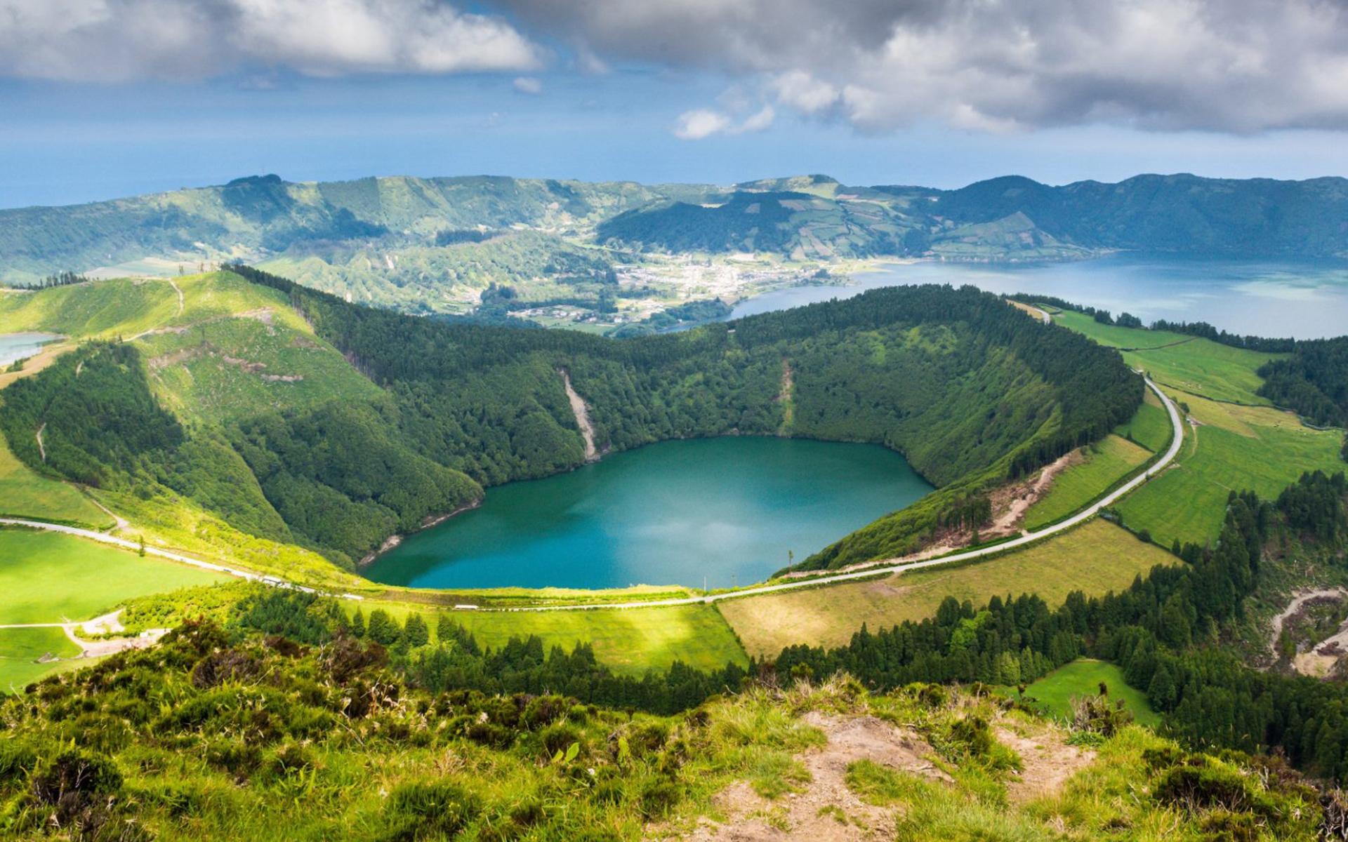 Viaje Especial A Azores En Verano Con Vuelo Directo Desde Oporto