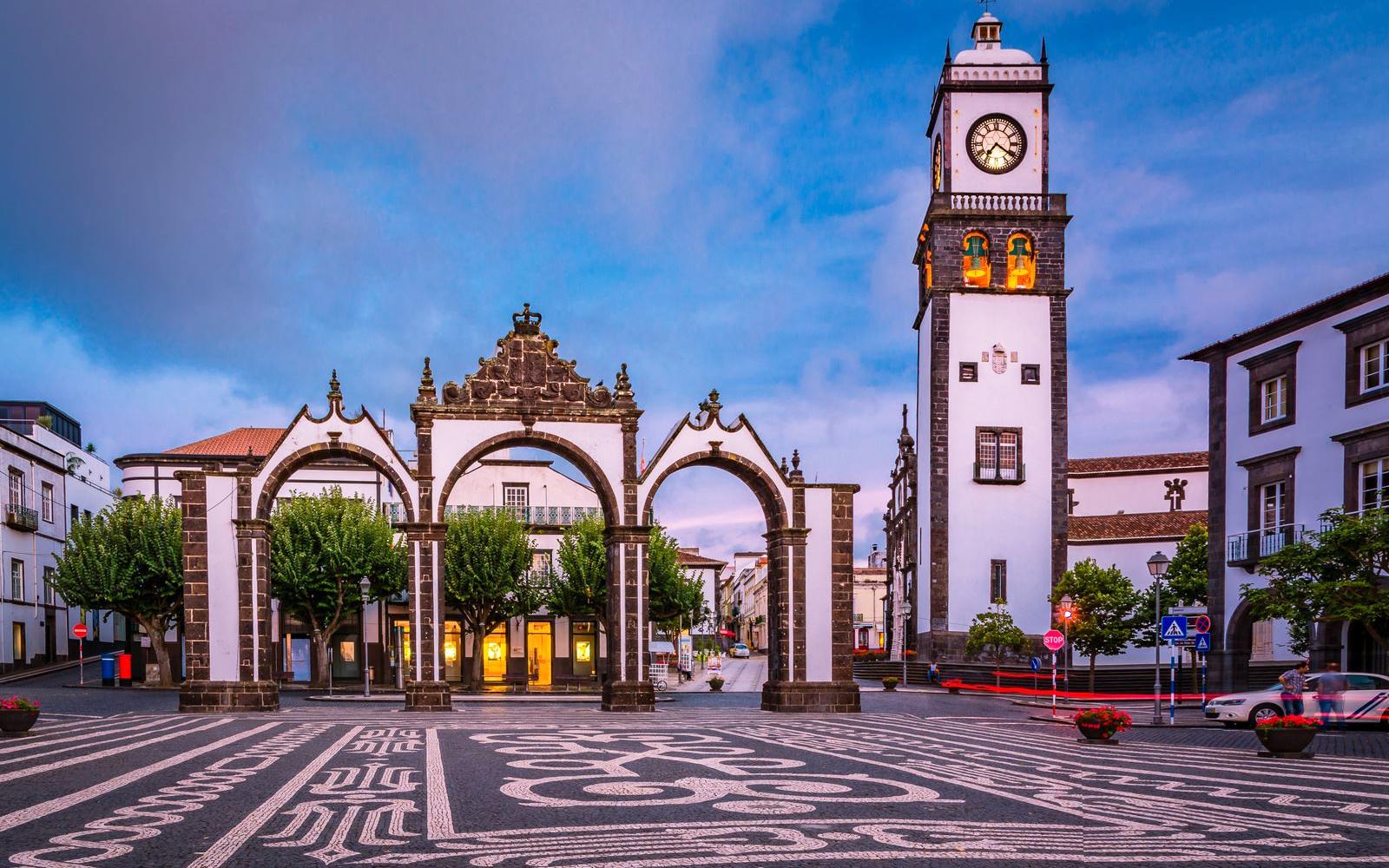 Viaje De 3 Noches A Azores En Hotel 3 En Semana Santa Desde Santiago
