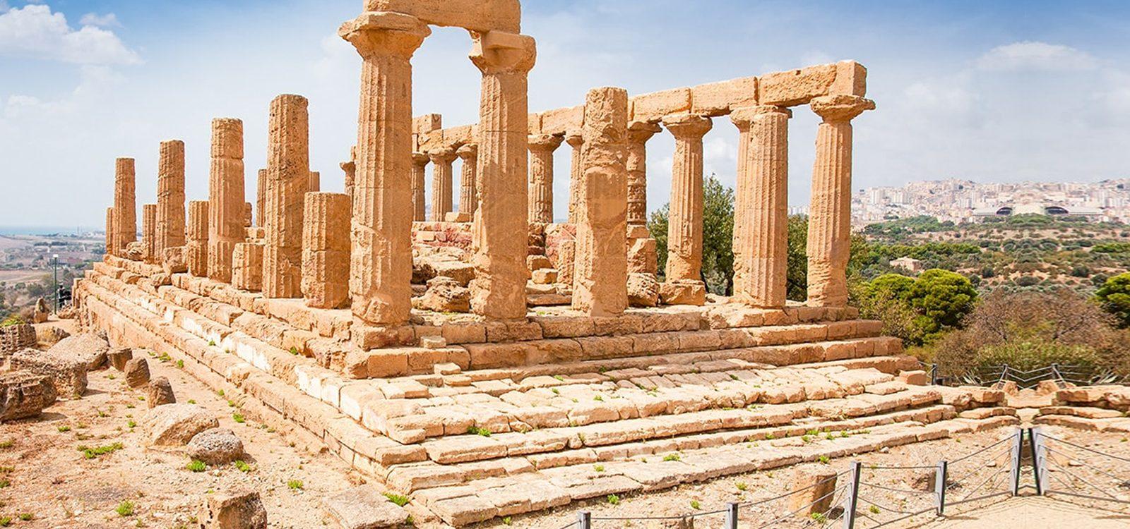 escapadas en Sicilia, ofertas de viajes a Catania y Palermo en Semana Santa desde Santiago